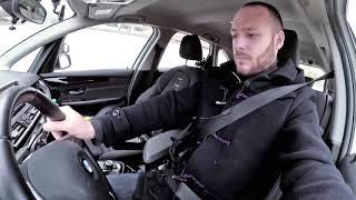 Einstellen von Sitz, Lenkrad und Kopfstütze