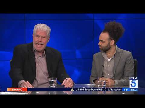 """Ron Perlman & Shawn Snyder On New Film """"To Dust"""""""
