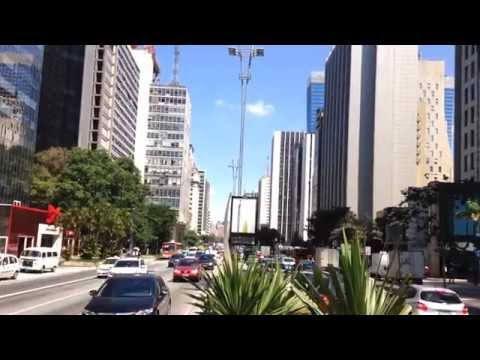 Street Style São Paulo #AvPaulista Whatever Swag