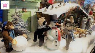 Рождественская ярмарка в Мюнхене. Магазин шоколада и магазин игрушек.