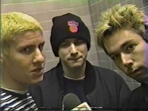 Beastie Boys - Interview +  Looking down the barrel of a gun (Live)