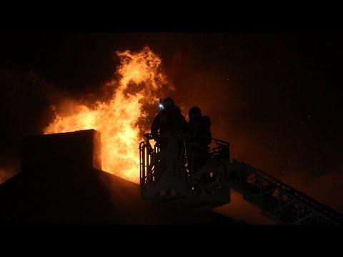Pożar kamienicy na ul. Wileńskiej w Pabianicach