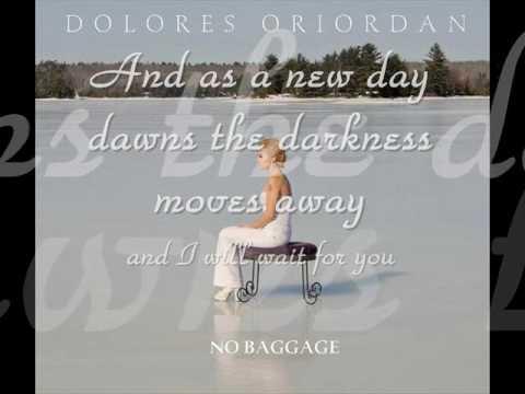 Dolores O'Riordan - 07. Apple Of My Eye (No Baggage)