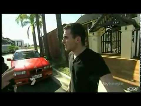 Australian man fights TV reporter