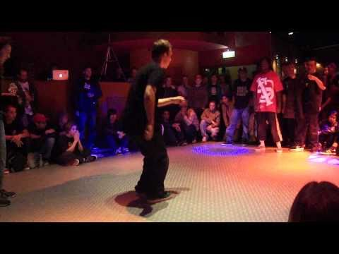 Redo & Jeroenski vs. Sino & Menace - Rocking How10