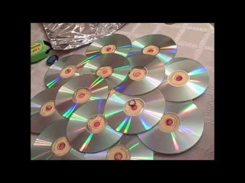 How to Recycle CD's by making a Door Wreath - YouTube
