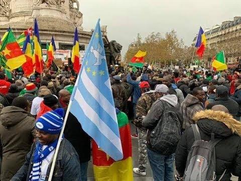 PLACE REPUBLICAIN PARIS FRANCE - 10/11/2018 Biya va te reposer/ Biya will rest