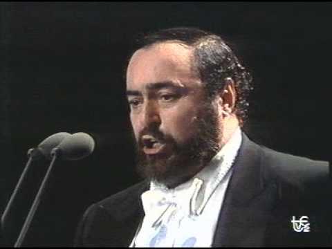 luciano-pavarotti-addio-fiorito-asil-1990-milano-fifa-concert-singercanela
