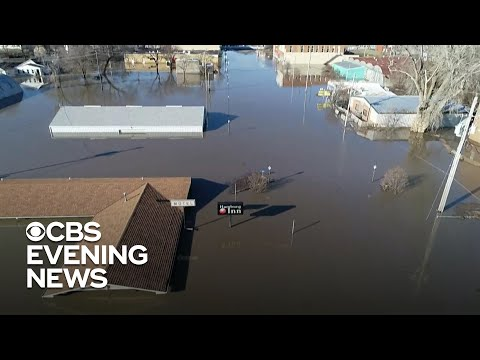 Repairing levees damaged by Midwest flooding could cost billions