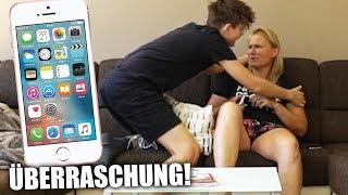 Ich schenke meiner MAMA ein iPHONE! (emotional)