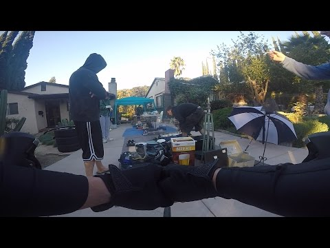 Cycling Los Angeles: Stopping By A Yard Sale