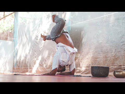 Yogrishi Kulam - ashatanga yoga teacher training yoga school in laxmanjhula rishikesh India.