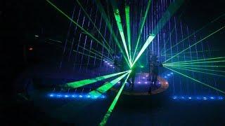 Лазерное шоу - самое зрелищное выступление цирка на воде. Laser show.