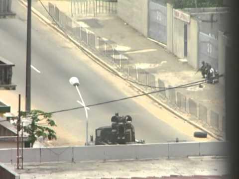 Abidjan : tirs nourris dans le quartier du palais présidentiel