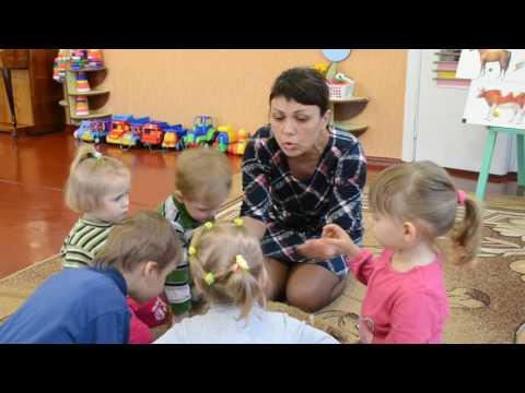 """Игра для развития речи """"У бабуси во дворе"""" Ясельная группа Детский сад"""