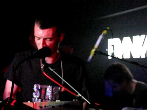 Frankmusik does Its A Sin - PSB's cover really rather well! Audio, Brighton 17 - 07 -09