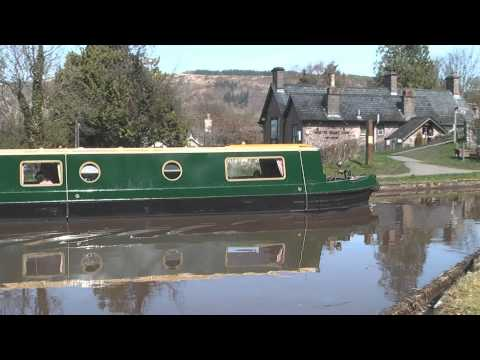 Beacon Park Boats - Luxury Narrow Boat Holidays on the Mon & Brec Canal