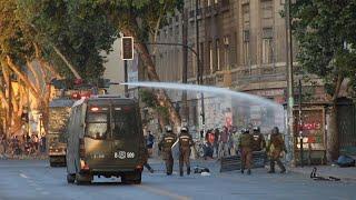 Protests in Chile spread into wealthy Santiago neigborhoods | AFP