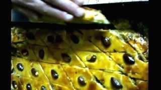 Как приготовить пирог по Кавказски - Рецепт Пахлавы(Для любителей здоровой пищи рекомендуется заменить маргарин -сливочным маслом, а сахар - мёдом, вареньем..., 2011-05-08T10:22:35.000Z)