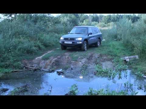 Тайота рав4 в грязи 2
