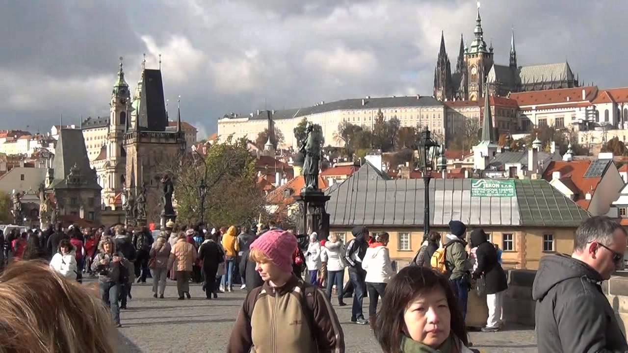 изготавливаются фото туристов прага в ноябре кадиллака, фото