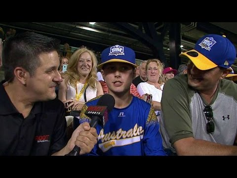 COL@PIT: Australian Little Leaguers take in MLB game