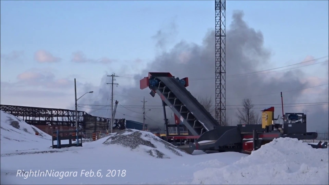 Fire At Vinyl Works Canada Facility Port Colborne Youtube