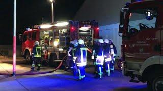 Brandstiftung in Autowerkstatt - Über 100.000 Euro Schaden