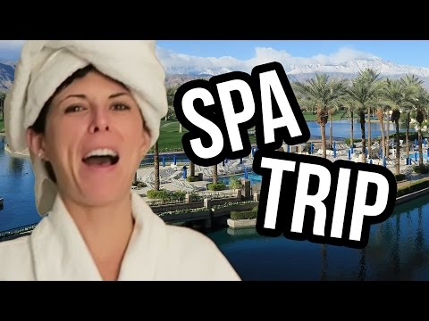 PALM SPRINGS SPA GIRLS TRIP!? (Lunchy Break)