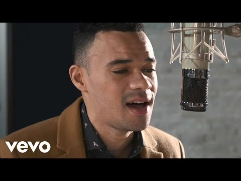 Tauren Wells  Hills and Valleys Acoustic