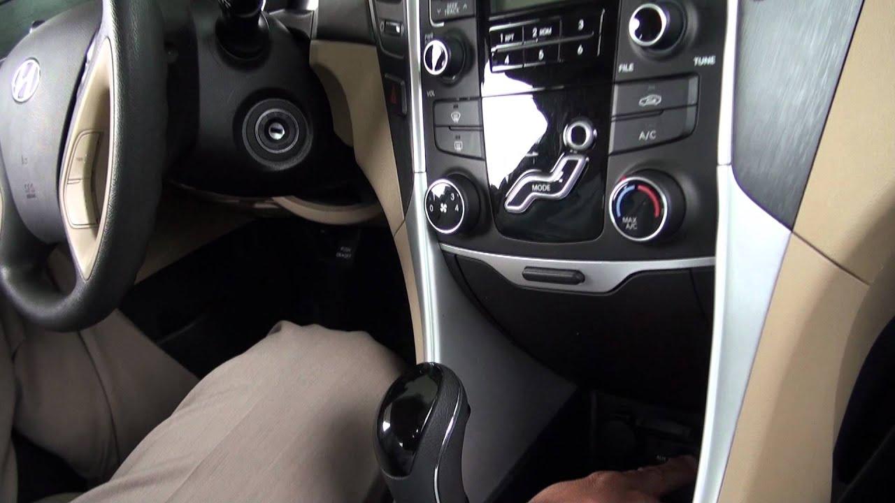 Hyundai Sonata: Center console storage