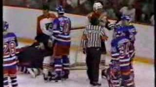 NY RANGERS - FLYERS HOCKEY ACTION 1986 PLAYOFFS PART 1