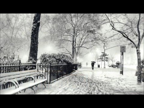 First Snow In The City - piano improvisation by Tsun Tsai (ueson1000)