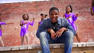 "RunitupTahj ""Hit Yo Groove"" Music Video"