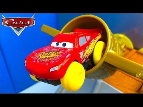698c72704e88 DISNEY PIXAR CARS COPA PISTON HIDRO RUEDAS PISTON CUP SPLASH OFF RAYO  MCQUEEN MACK HANK Y RED