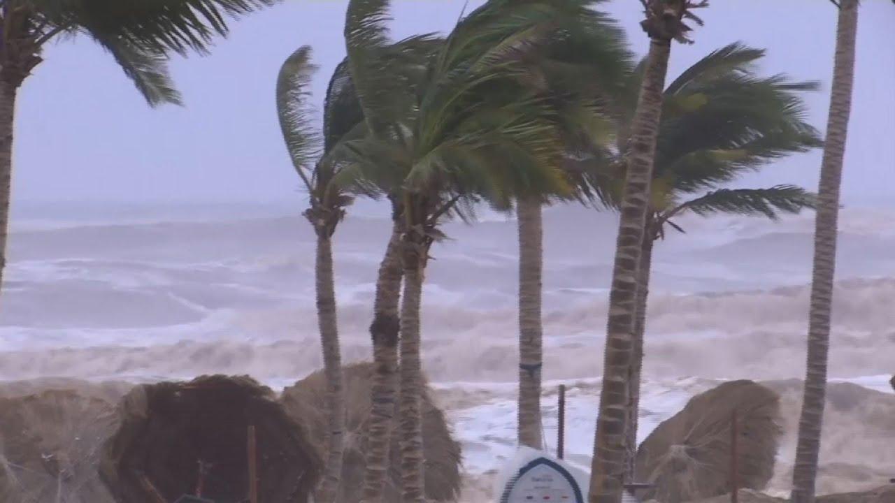 cyclone-batters-oman-yemen-kills-at-least-5