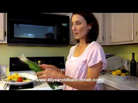 Traditional Israeli Salad