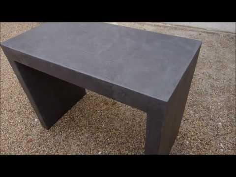 Application d'un béton ciré Matières Minérales sur meuble en médium