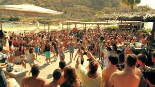 We love the sun _ a special flash mob by Carroten @Mojito Bay