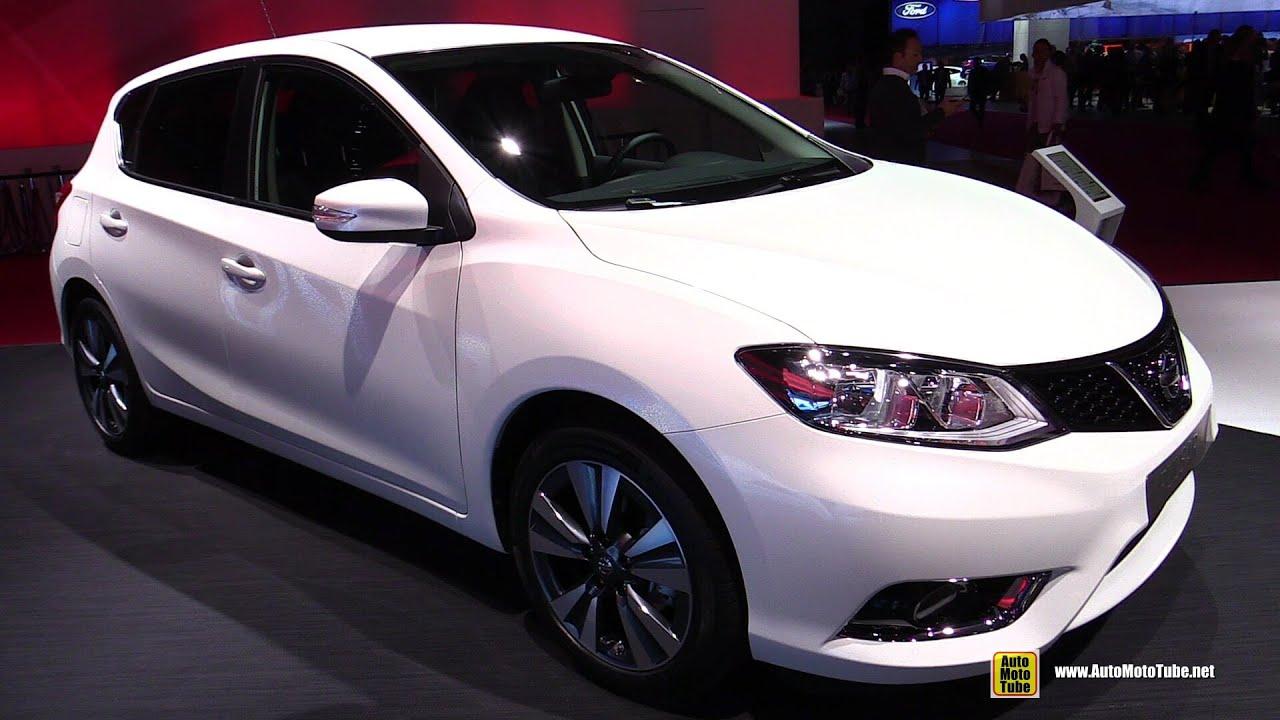 Nissan pulsar 2015 interior