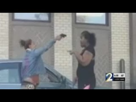 Woman Pulls Gun During Brawl In Chick Fil A Drive Thru Video