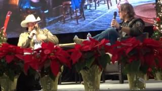 Daryle Singletary interviewing Glen Templeton for RFD TV - Las Vegas Dec 2016