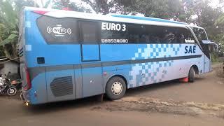 Suara rem angin bus HINO RK8 saat putar balik dijalan sempit