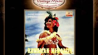 Danny Stewart And His Islanders -- Dance The Hula In The Moonlight (VintageMusic.es)