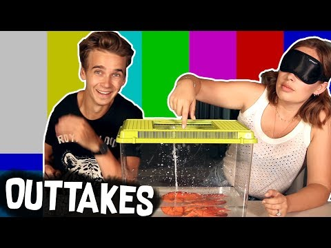 EXTREME WHAT'S IN THE BOX BLOOPERS