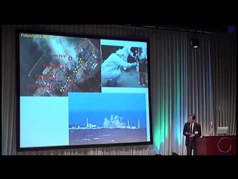 AIF2012 13日オープニング ・ スピーチ