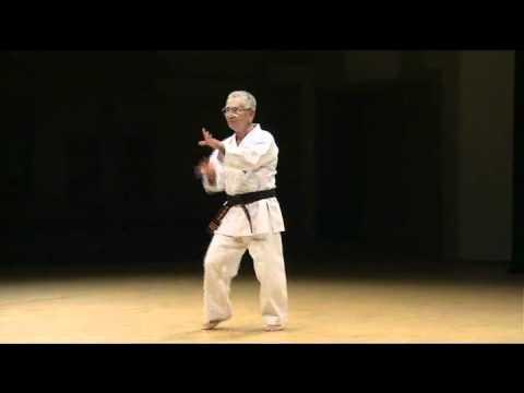 Karate gojuryu okinawa_karate (collection of okinawan karate masters doing kata).wmv
