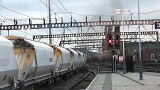 Funny Driver on a Class 66  Nice CLAG