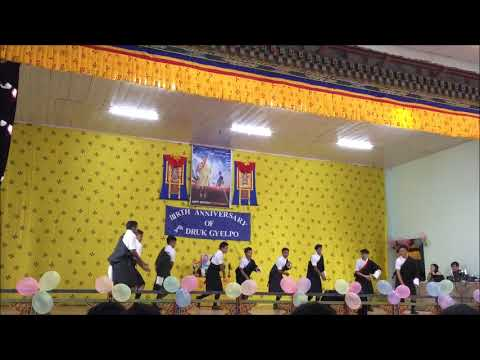 Tshangla mashup dance l College of Natural Resources l 2018