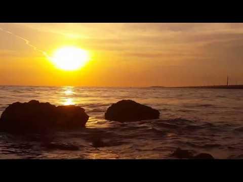 DJ Michael E / Rollercone - Daydreaming  *k~kat Chill Café*